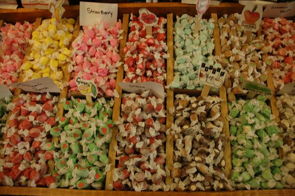 Rocket Fizz offers a wide variety of salt water taffy. The shop carries 500 different flavors of taffy, ranging from strawberry to popcorn.